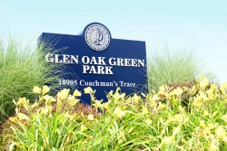Entrance Sign for Glen Oak Green Park