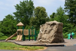 Playground at Glen Oak Green Park